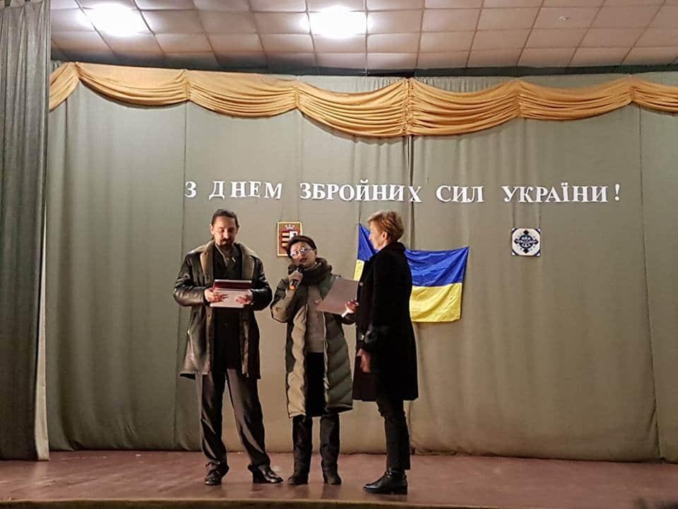 Народна Рада Мукачівщини вітала з Днем ЗСУ військову частину Чопа (фото)