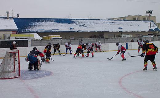 В Ужгороді відбулися чергові ігри Чемпіонату Закарпаття з хокею