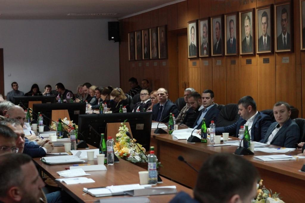 В Ужгороді пройшов масштабнийкруглий стіл «Податки і бізнес: пошуки оптимальних рішень у 2018 році»