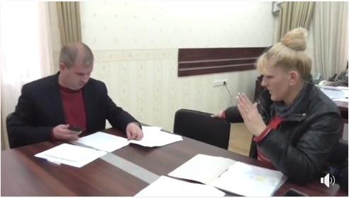 """Мукачівські прокурори """"шокували"""" бездіяльністю свого керівника (відео)"""