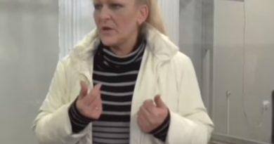 """Закарпатська журналістка """"нагнала жаху"""" на представника військової прокуратури (відео)"""