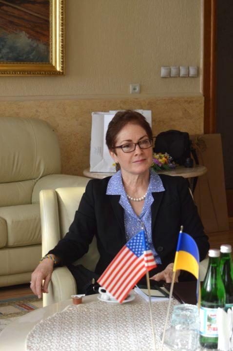 Марі Йованович: «Ми підтримуємо Україну в її Євроатлантичних устремліннях і уважно слідкуємо за ситуацією в Закарпатті»