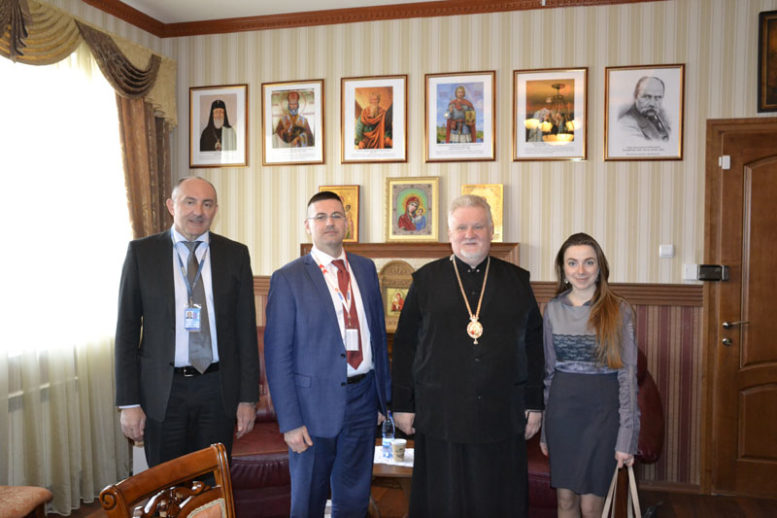 Представники місії ОБСЄ зустрілись з єпископом Карпатської єпархії УАПЦ