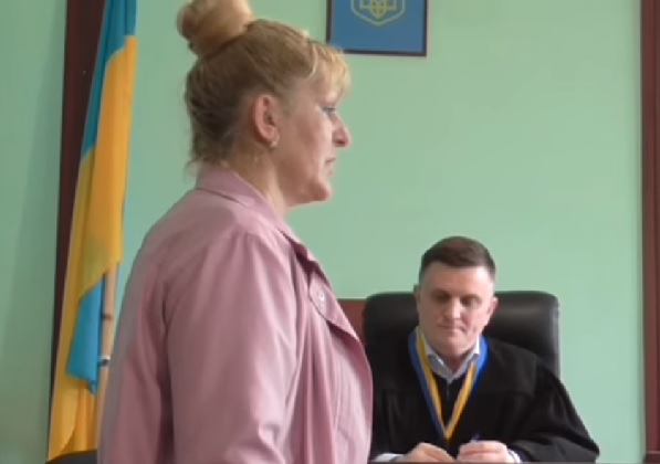 Суд притягнув до адмінвідповідальності посадовця Мукачівської міськради за неправомірну відмову в наданні публічної інформації (відео)
