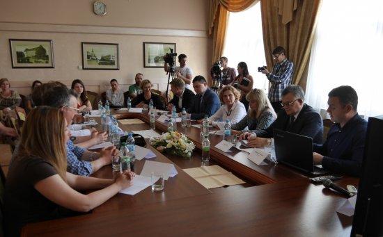 В Ужгороді обговорили перспективи кіновиробництва на Закарпатті