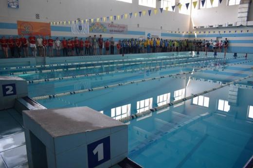 Cьогодні в Ужгороді стартував відкритий Кубок Закарпаття з плавання серед юнаків та дівчат