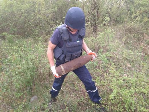 На Хустщині виявили вибухонебезпечну знахідку