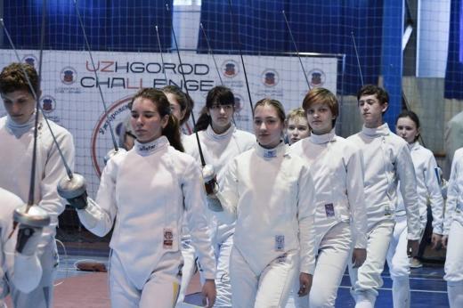 В Ужгороді стартував Всеукраїнський турнір з фехтування (ФОТО)