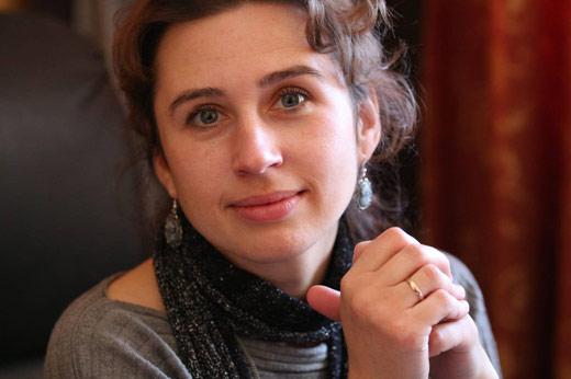 У Закарпатській обласній бібліотеці номінантка на Шевченківську премію представить нову збірку поезій