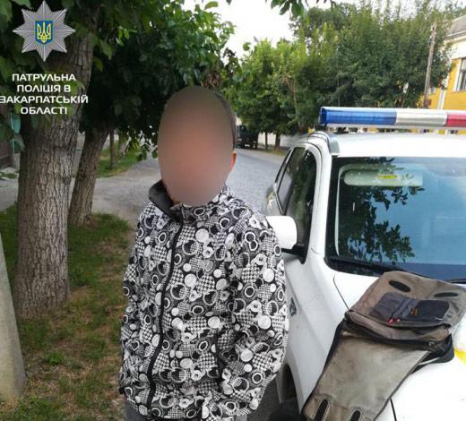 В Мукачеві спіймали зловмисника, який намагався проникнути до чужого будинку
