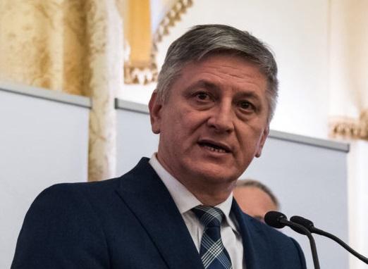 Україна готова заборонити в'їзд уповноваженому Угорщини по Закарпаттю