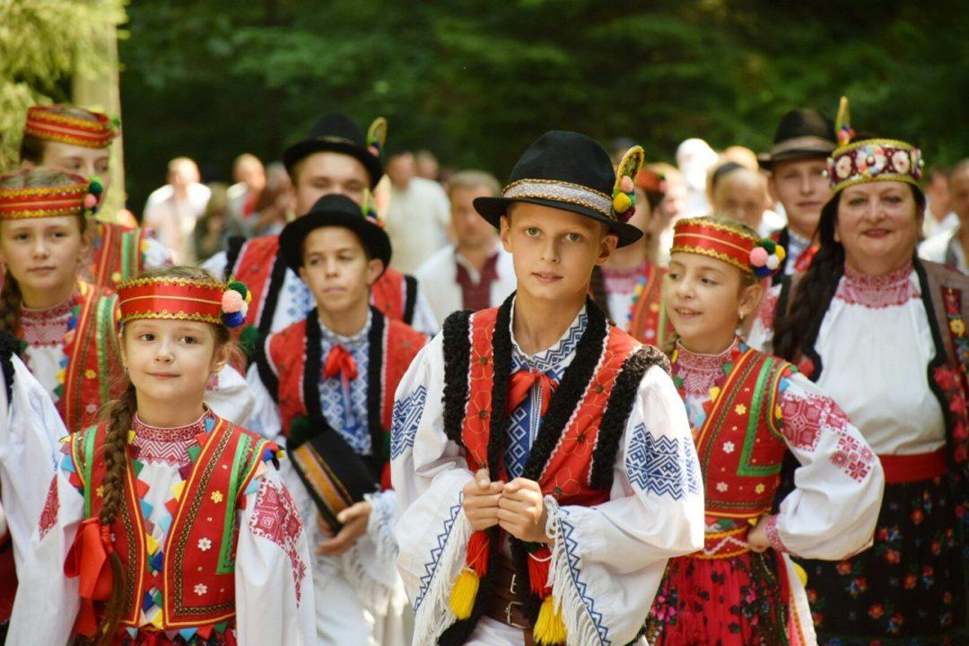 Цьогорічний фестиваль «На Синевир трембіти кличуть» відвідали тисячі туристів