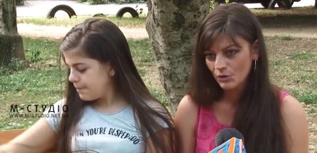 Скаліченій через комунальників дитині з Ужгорода потрібна допомога (відео)