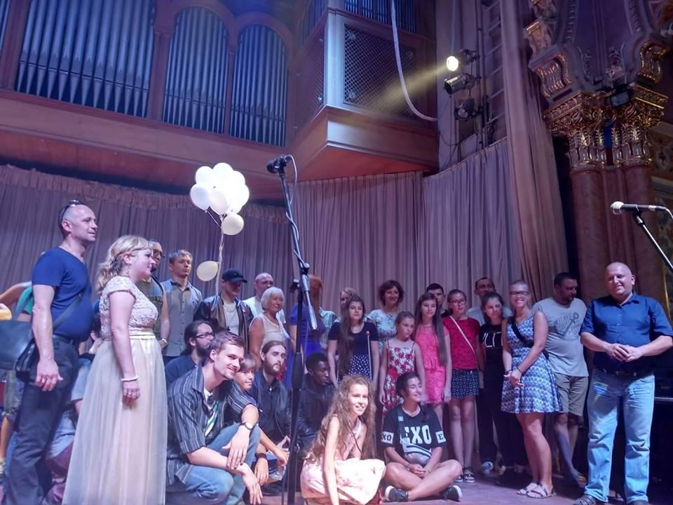 В Ужгороді провели концерт на підтримку скаліченої комунальниками Анітки Білей (фото)
