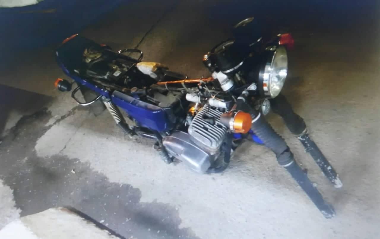 Від закарпатських прикордонників намагалися приховати розібраний мотоцикл у багажі