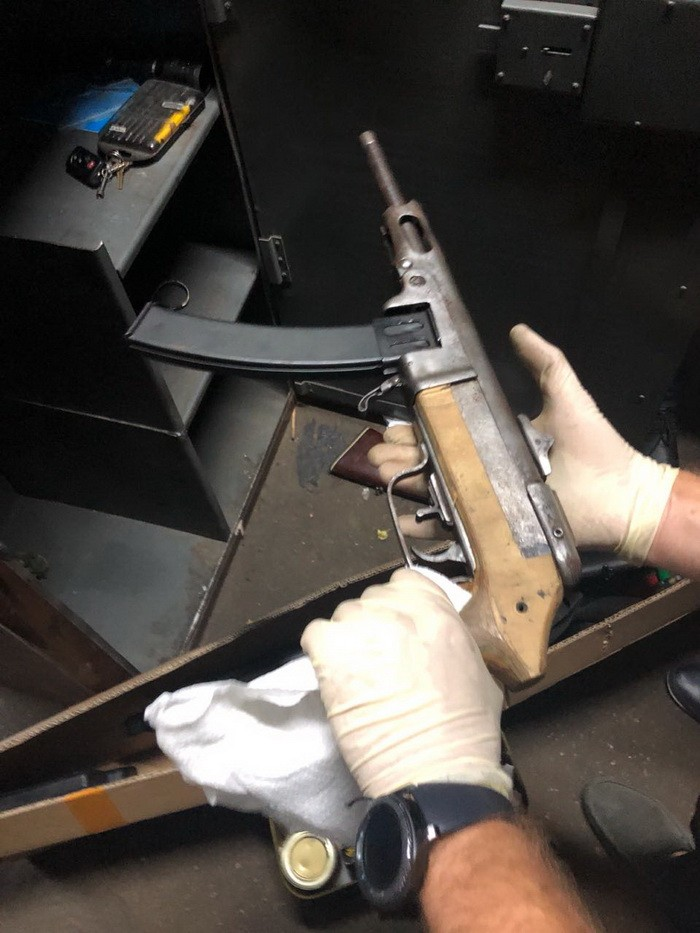 СБУ виявила два арсенали зброї та боєприпасів