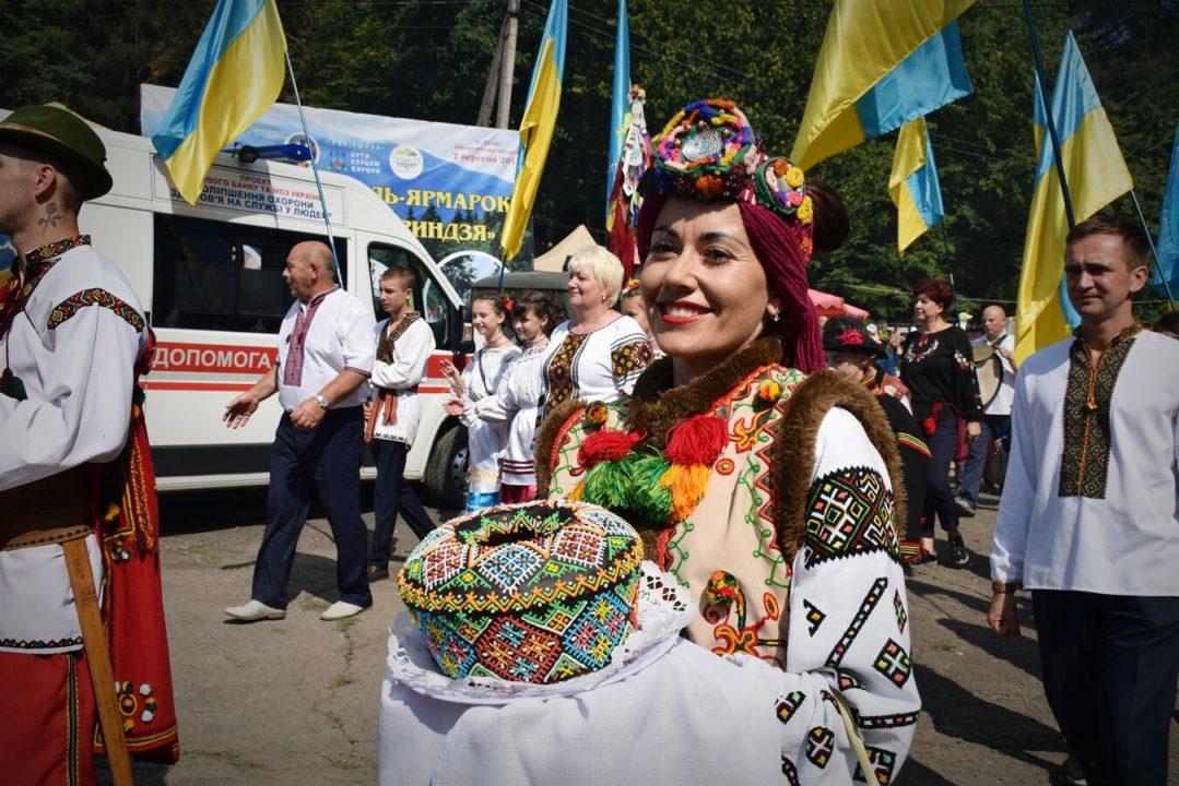 На Рахівщині відгуляв найбільший гастрономічний фестиваль Закарпаття (фото)