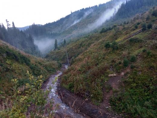 На Закарпатті у горах заблукав турист із Дніпра