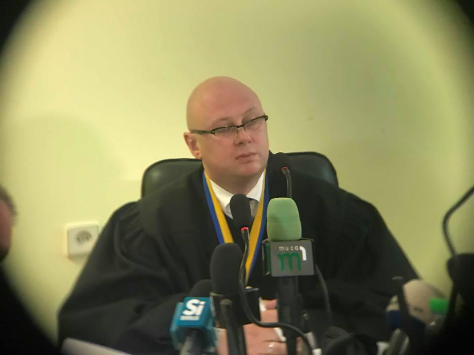 Ужгородський суддя Деметрадзе відмовив прокуратурі у дослідженні показів загиблого свідка у праві про хабарництво Іштвана Цапа (відео)