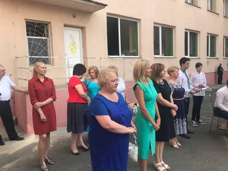 Ужгородський коледж культури і мистецтв гостинно зустрів першокурсників (відео)