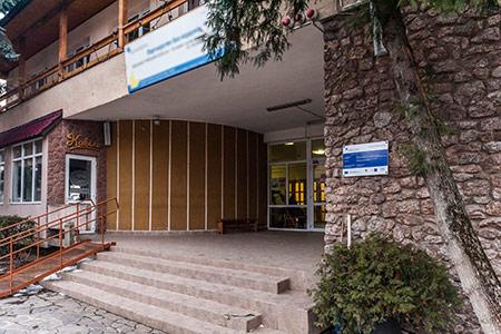 Художниця Наталія Сіма представить свій творчий доробок у Закарпатському музеї народної архітектури та побуту