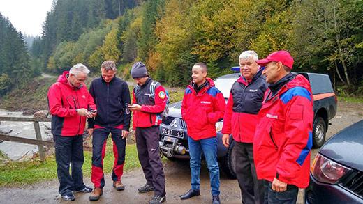 Закарпатські та чеські рятувальники облаштують точки порятунку у Карпатах