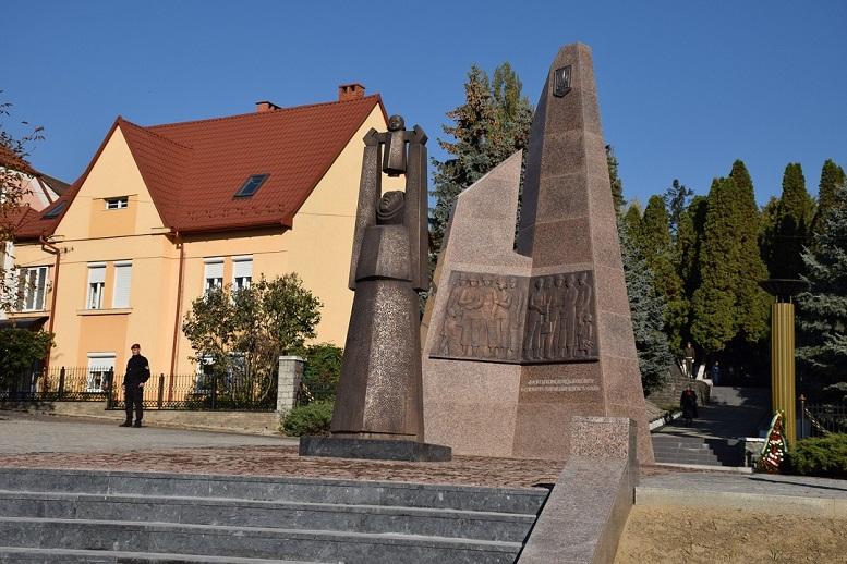 У День всіх святих в Ужгороді урочисто відкриють Меморіал загиблим воїнам АТО
