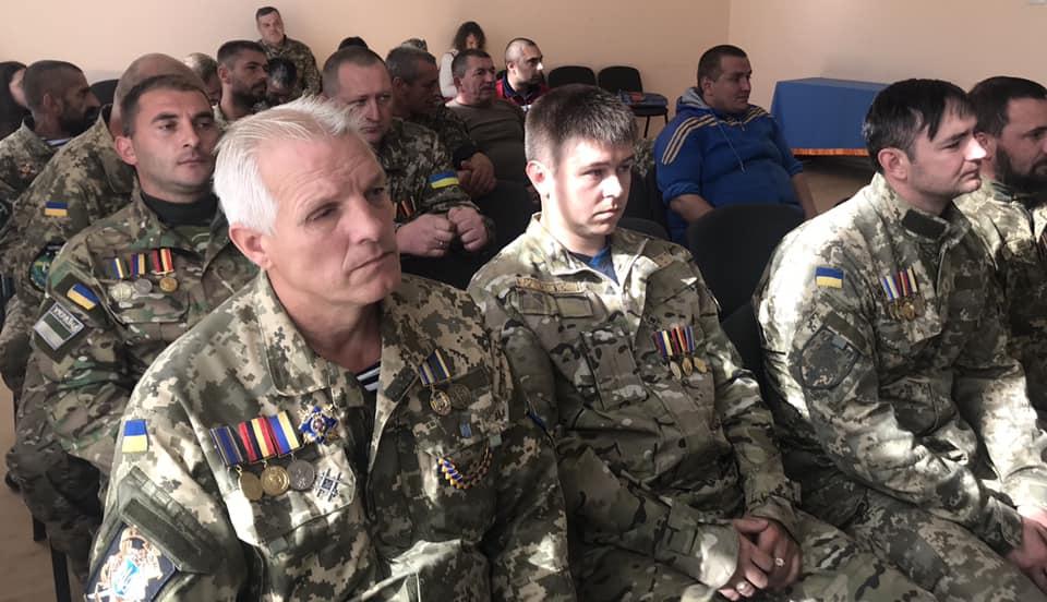 """В Народному Домі """"Просвіти"""" в Ужгороді відзначили нагородами ветеранів війни на сході України (фото)"""