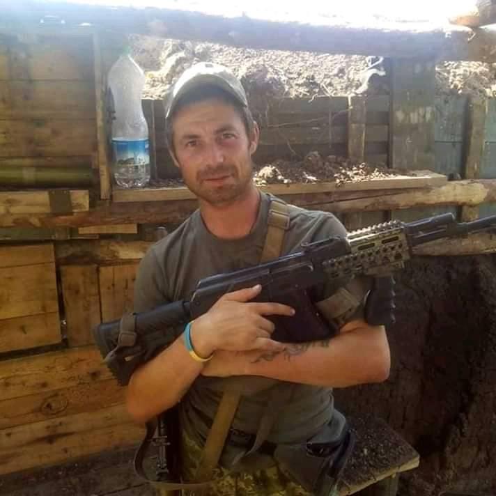 На Донбасі від кулі снайпера загинув закарпатський угорець