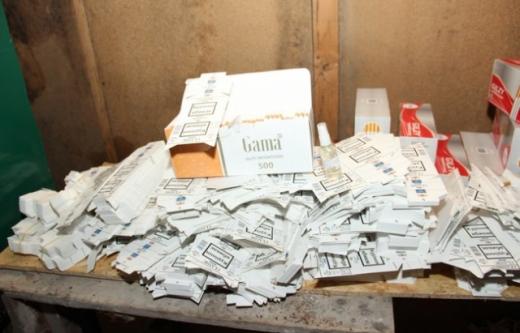 На Закарпатті викрили цех, де виготовляли фальсифіковані цигарки