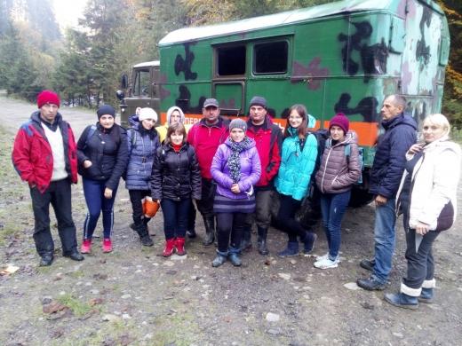 У горах на Рахівщині рятувальники відшукали групу заблукалих туристів