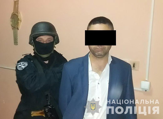 На Виноградівщині чоловік прострелив ногу односельцю