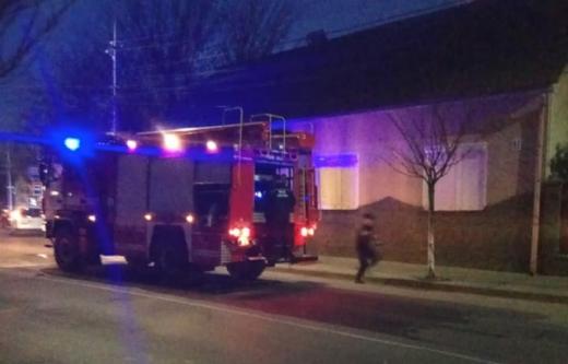 У Хусті через вогонь із димаря ледь не загорівся будинок