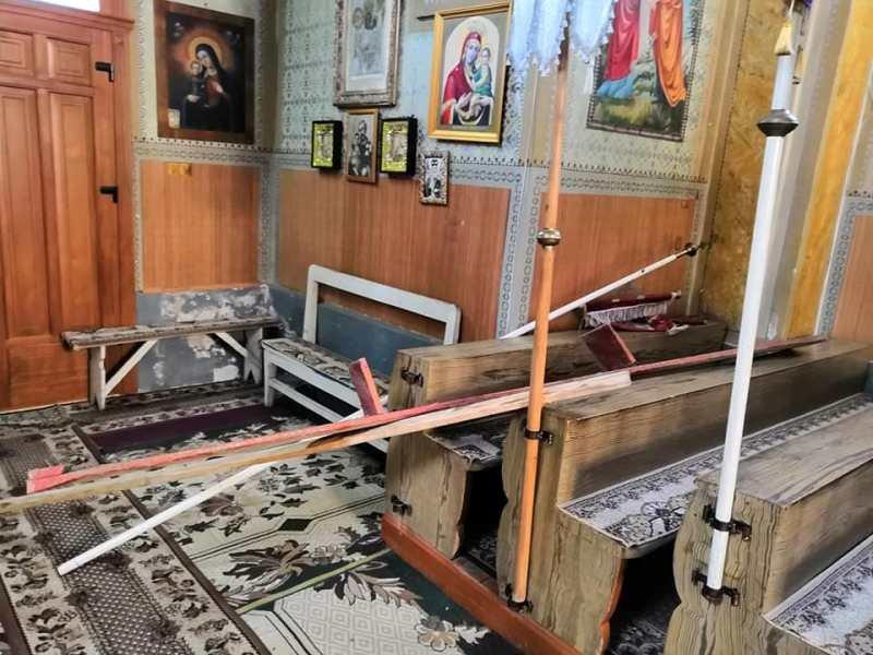 На Ужгородщині обікрали церкву в Коритнянах (ФОТО)