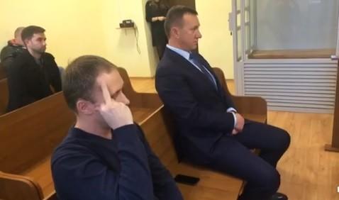 """Громадські активісти заявляють про спуск на гальмах справи про мільйонні розкрадання на будівництві """"Совиного гнізда"""" в Ужгороді (відео)"""