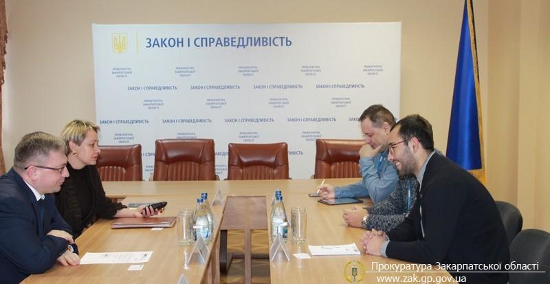 У прокуратурі Закарпатської області відбулась зустріч з представниками спеціальної моніторингової місії ОБСЄ (ФОТО)