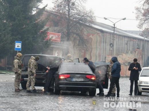В Мукачеві затримали групу наркоторговців
