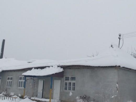 Через надмірний сніговий покрив обвалився дах шкільної їдальні на Іршавщині