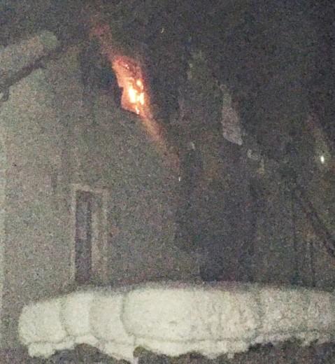 Уночі на Хустщині горіла будівля колишнього дитячого садочку – є загиблий