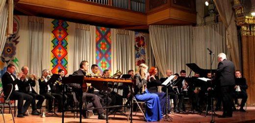 Естрадно-духовий оркестр Закарпатської обласної філармонії відзначить прихід весни новою концертною програмою