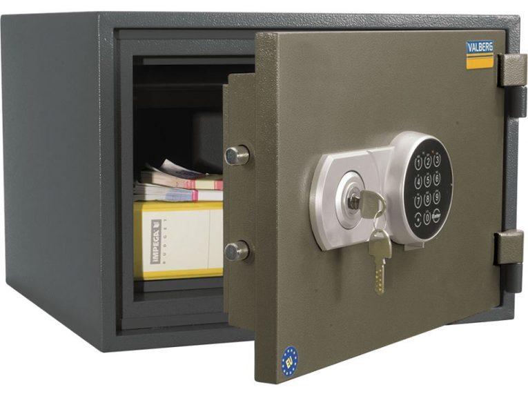 Мукачівське відділення А-Банку пропонує скористатися послугами сейфових скриньок