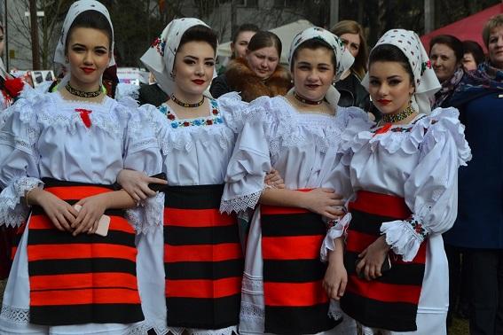 На Тячівщині відзначили традиційне румунське свято весни «Мерцішор»