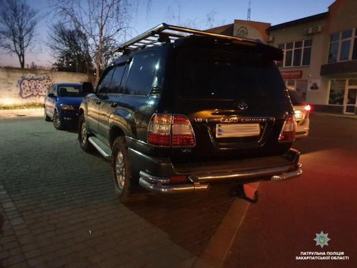 В Ужгороді водій у стані наркотичного сп'яніння спробував втекти від патрульних