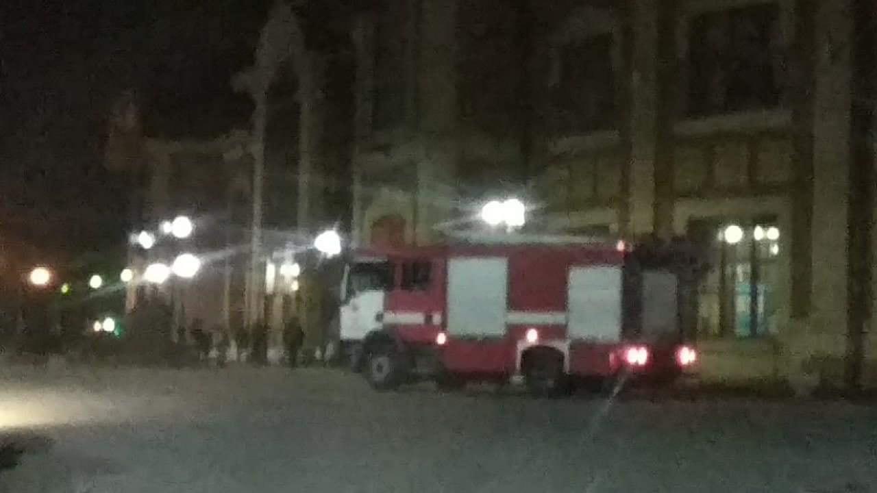 Вночі в Ужгороді заміновували вокзал (фото)