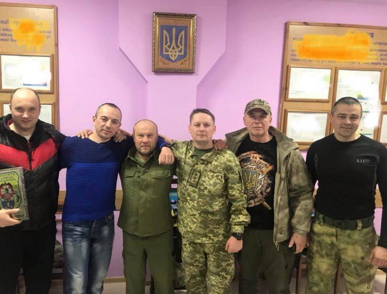 Закарпатці здійснили візит у 101 бригаду охорони ГШ ЗСУ (фото)