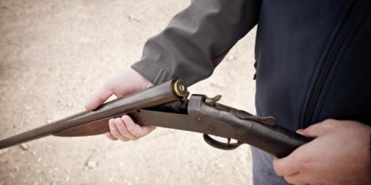 Закарпатцям нагадують про можливість добровільно здати зброю до кінця місяця