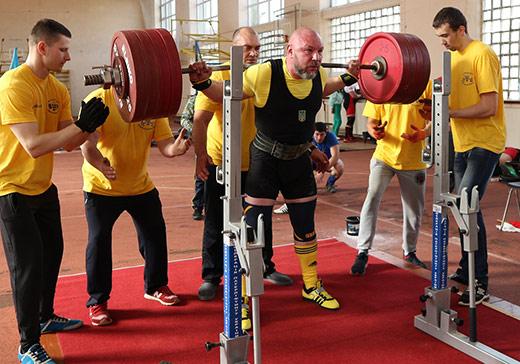 В Мукачеві відбувся обласний Чемпіонат з класичного пауерліфтингу