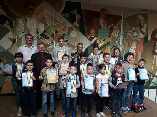 Понад 80 юних закарпатців змагалися на шаховому турнірі