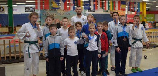 Юні дзюдоїсти Ужгорода успішно виступили на міжнародному турнірі в Словаччині /фото/