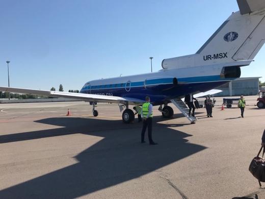 Від сьогодні в Ужгороді запрацював оновлений авіарейс до Києва